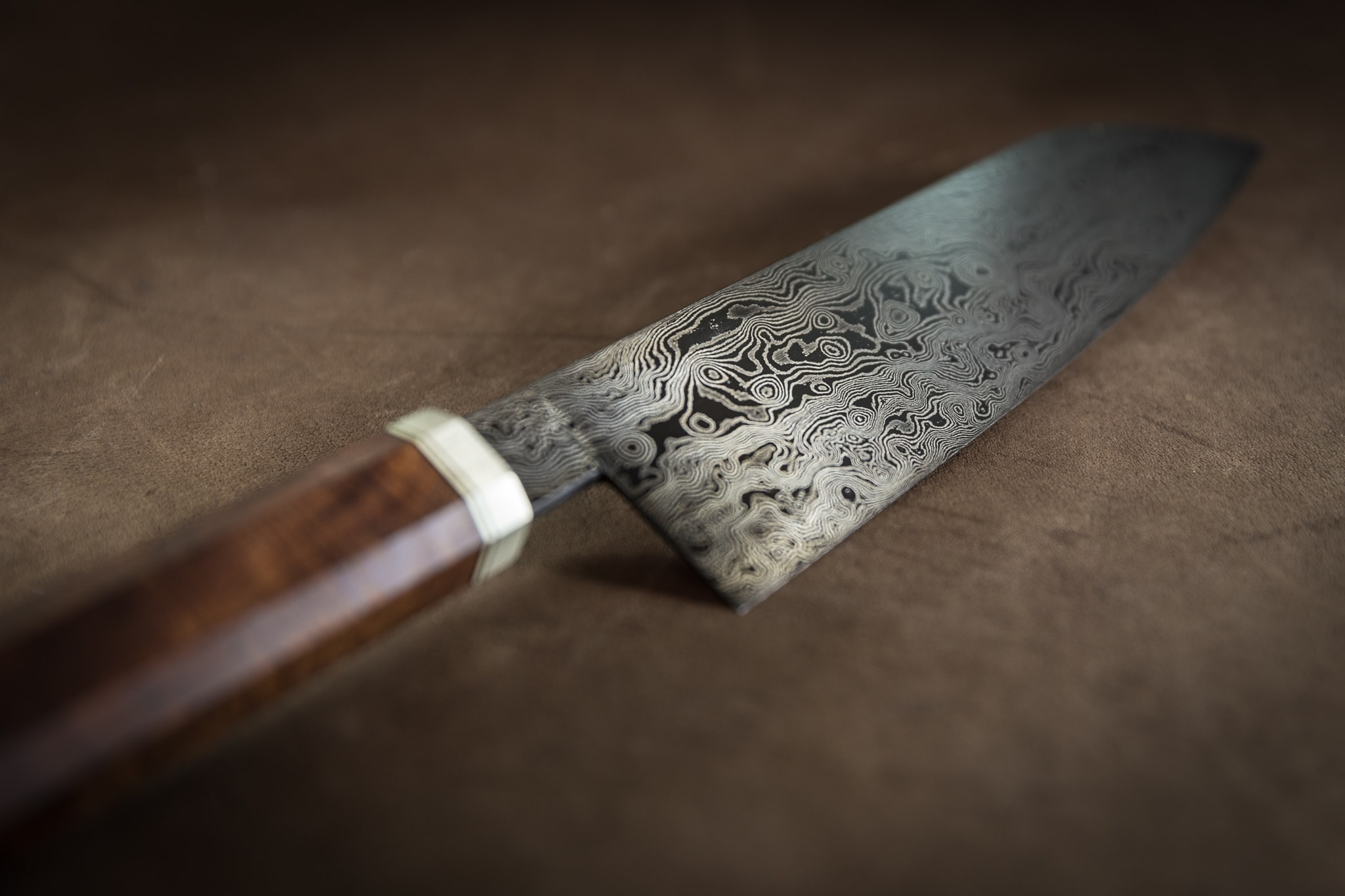 Damascus Santoku with Wa handle